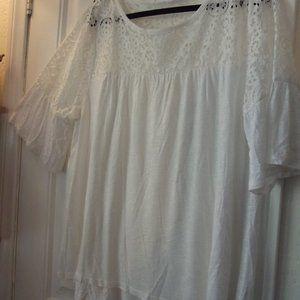 A New Approach White Lace Detail Blouse Size XL